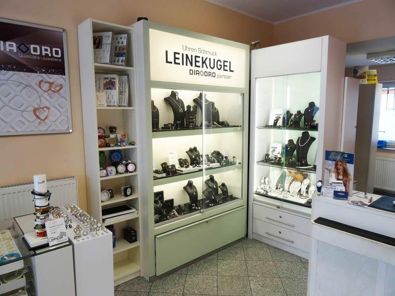 Geschäft von Uhren Schmuck Leinekugel